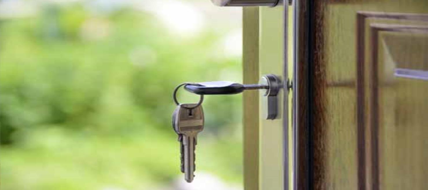 voordeur,deuren, duurzame deuren, energiezuinige deuren, isolatie deur, veiligheidsbeslagdeuren, veiligheid op deuren, deuren, kunststof deur, aluminium deur, houten deur,