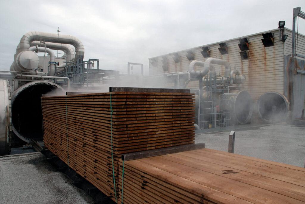 hout modificatie, productie gemodificeerd hout, houten gemodificeerde kozijnen, duurzaam houtmodificatie,